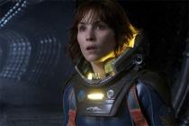 Elizabeth Shaw (Noomi Rapace) in Prometheus